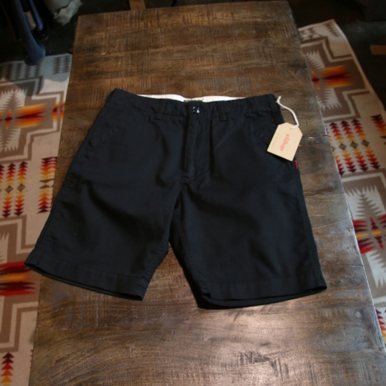 wtaps black buds shorts