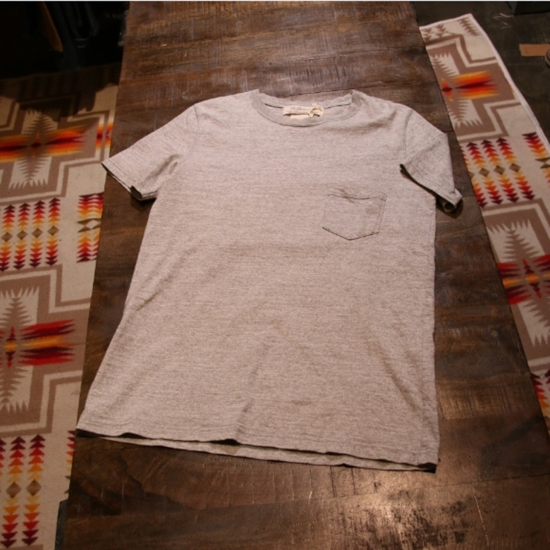 remi relief grey pocket tee