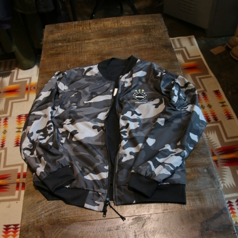 f.c.real bristol REVERSIBLE PDK JACKET
