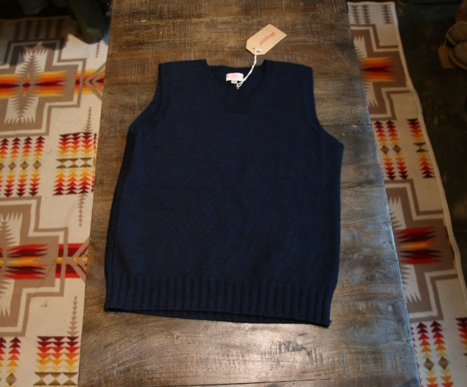 at last co wool vest
