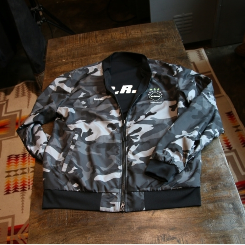 FCRB REVERSIBLE PDK JACKET (L)