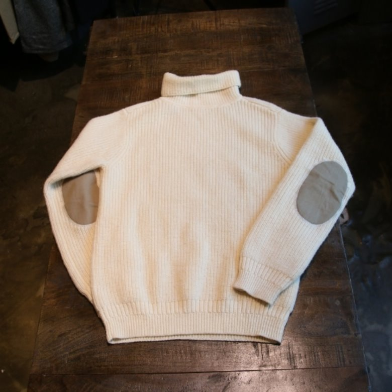 journal standard usna sweater